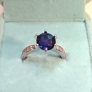 🆕 6 prong blue sapphire ring 💍